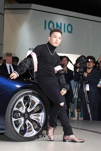 Taeyang Lexus Seoul Motor Show So Goode 2017-03-30 (1)