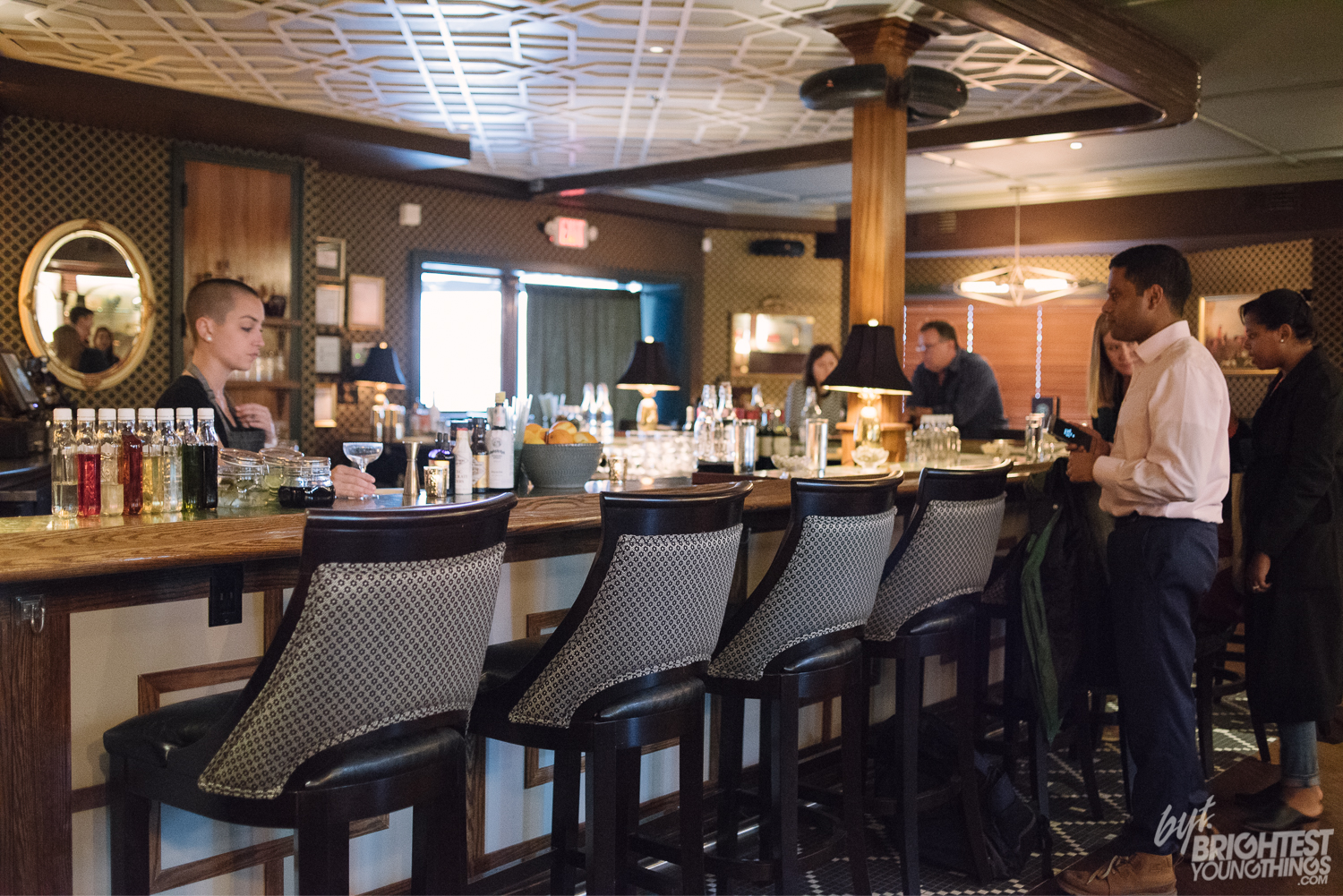truxton dating Requin dives into shark week new, 1 comment plus bloomingdale—recent arrival truxton inn is going the tiki route through august.