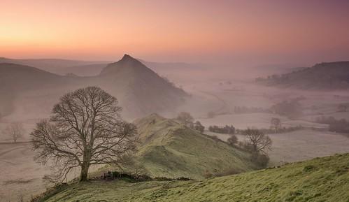 chromehill earlsterndale derbyshirepeakdistrict peakdistrict derbyshire hills mist misty dawn morningglory lonetree panoramic sunrise nikond7100 sigma1835mm parkhousehill