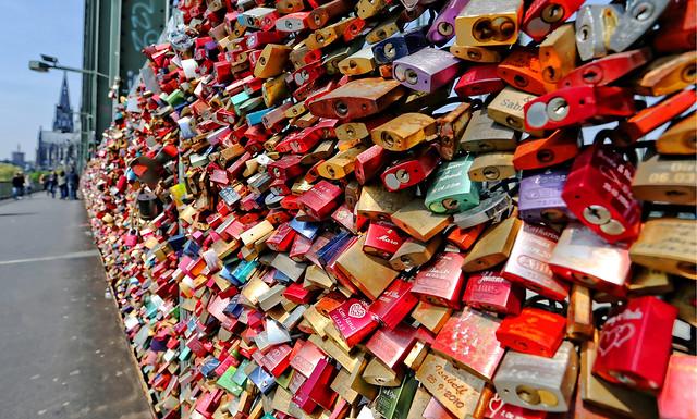 Locks ..., Locks ....,  Locks ....., Millions of Love-Locks