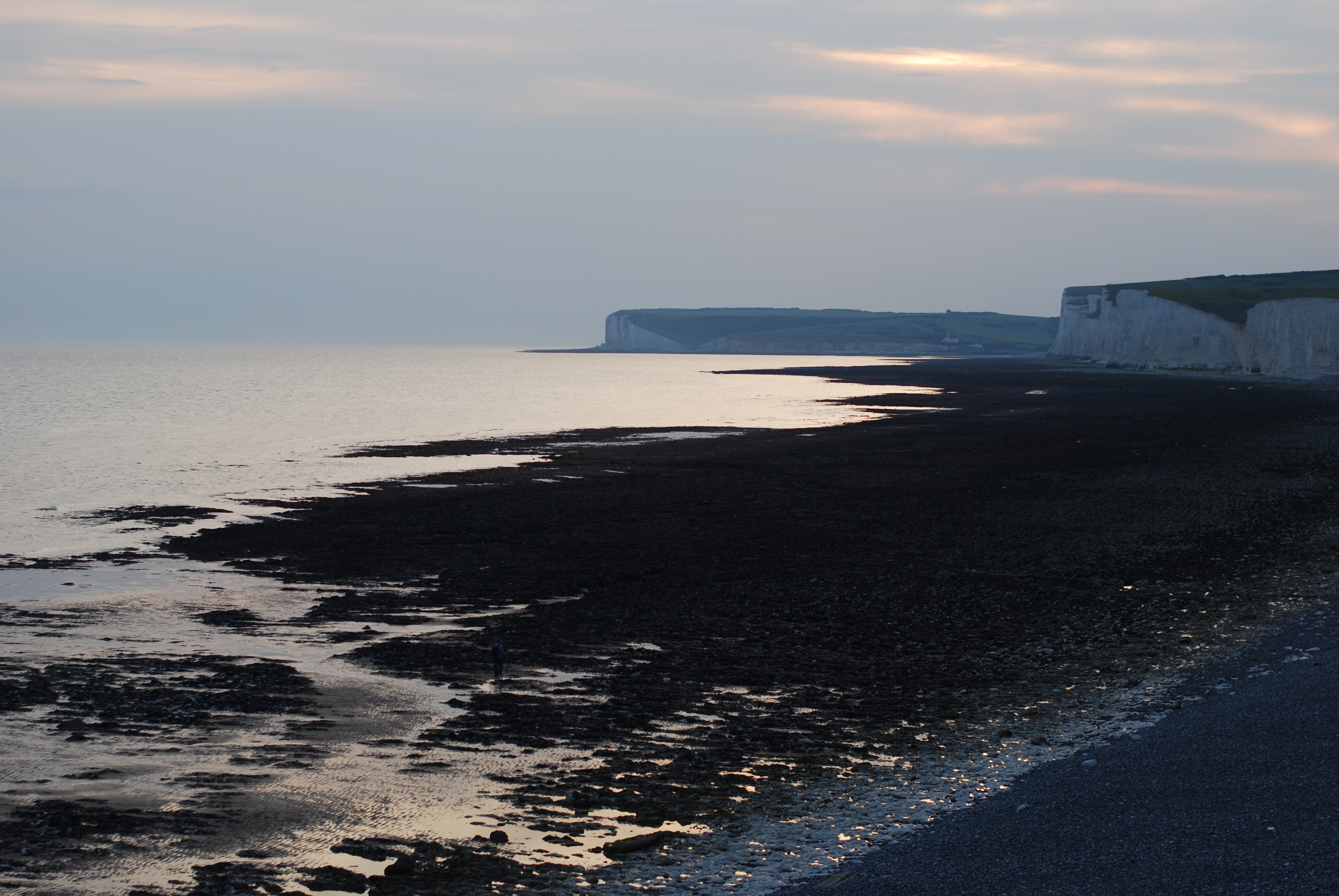 chambray and curls birling gap at sunset