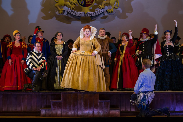 Susan Bullock as Queen Elizabeth I, Toby Spence as the Earl of Essex and Mark Stone as Lord Mountjoy in Gloriana © ROH / Clive Barda 2013
