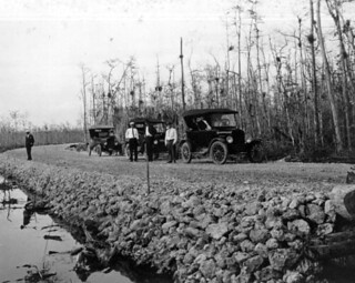 Cars parked along the Tamiami Trail