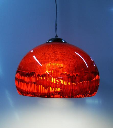 Lampara de Acrilico Colgante Rojo Tornasol by Ludica Iluminacion