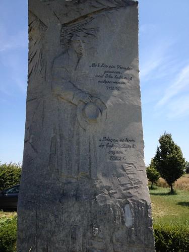 Border memorial
