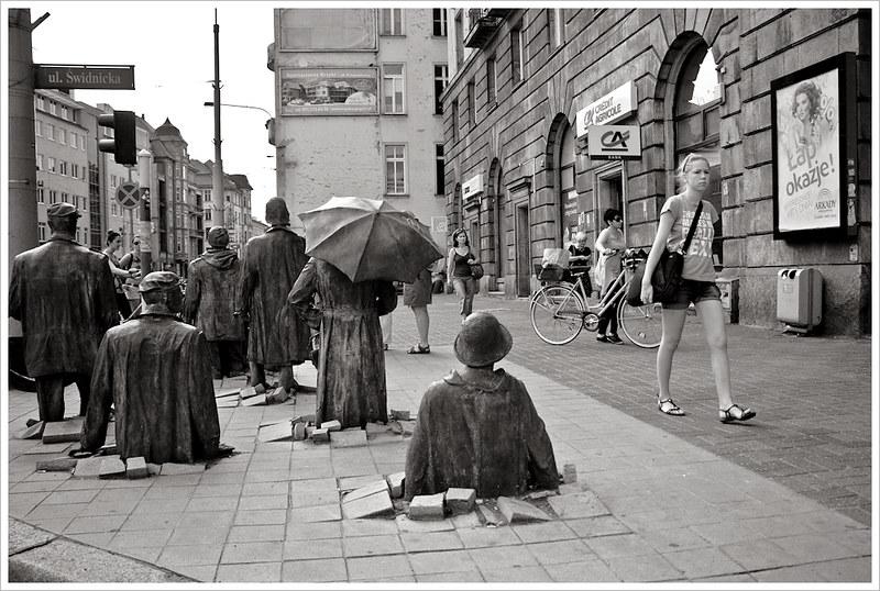 Estatuas Przejście @ Wroclaw