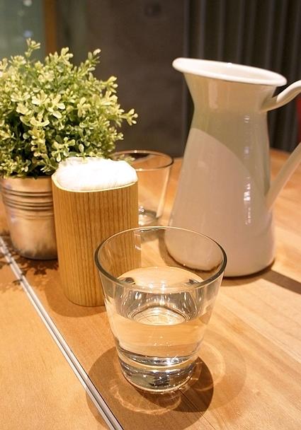 椅子咖啡水瓶女王11