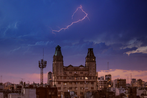 sky storm argentina weather sunrise photography buenosaires day cloudy bolt nikond3200 balvanera