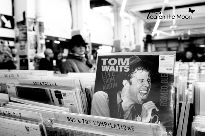 London-music-store-rough-trade013bn