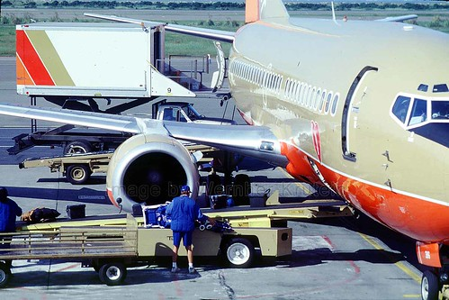 Boeing 737, Southwest Airlines...
