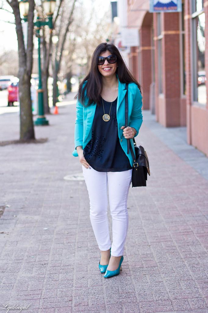 turquoise blazer, white jeans, navy blouse.jpg