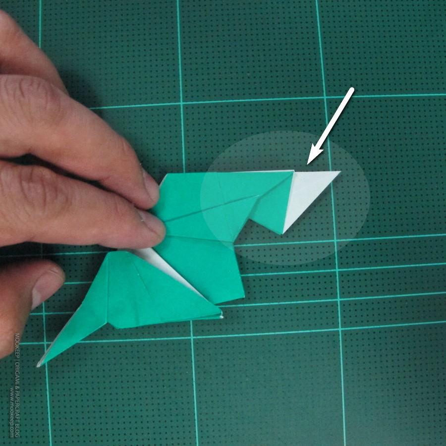 วิธีพับกระดาษเป็นรูปหมู (Origami Pig) 028