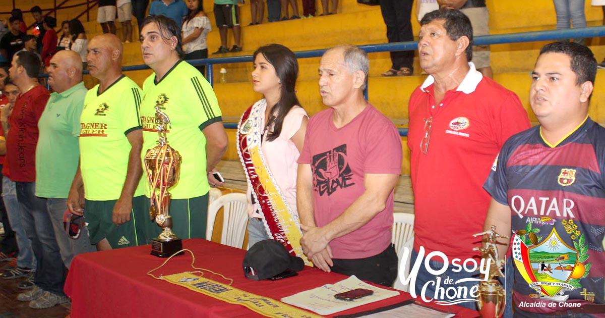 Alcaldía de Chone inauguró campeonato de fútsala interno
