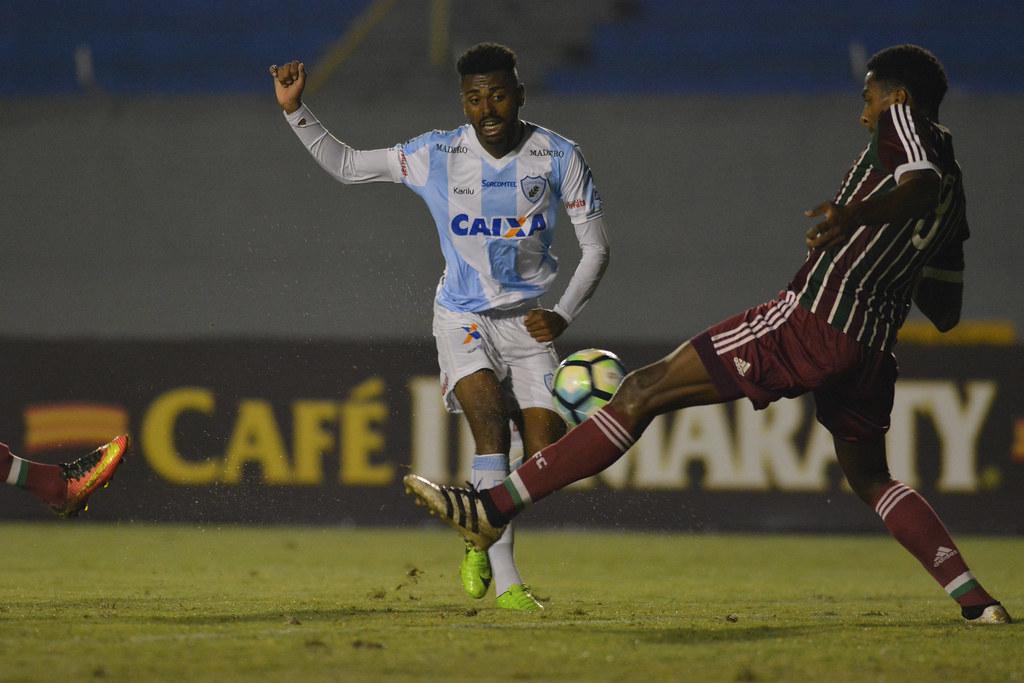 Gustavo Oliveira_012