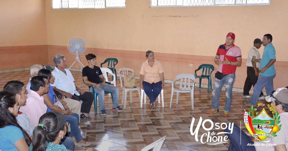 Socializan creación jurídica de la unión de asociaciones agroproductivas de Chone