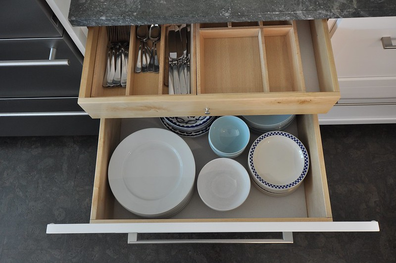 Double decker dish drawer