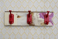 wood & wall peg pastel & vintage