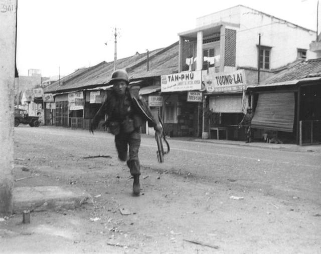 Một Lịch Sử Đau Thương Của Thành Phố Sài Gòn Năm 1968 - Page 2 9134023176_48129b28c2_z