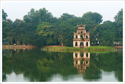 park old lake reflection building tower water horizontal canon outdoors eos asia turtle tortoise tourist vietnam southeast hanoi quarters attraction hoan kiem 1755mm 400d