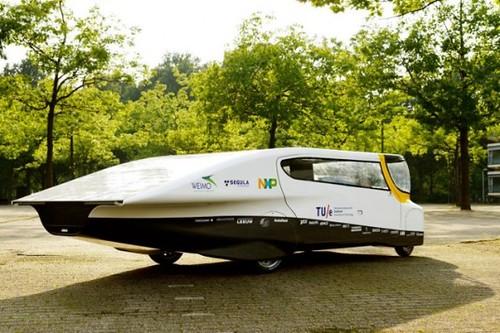 Stella – семейный автомобиль на солнечных батареях