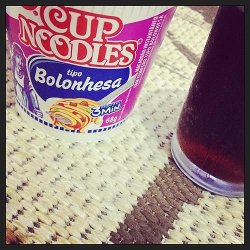 #cup #ncodles #cocacola #lanchedatarde #geraçãosaude #sqn #fome