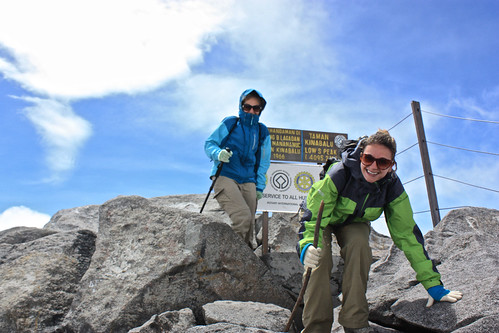 Lina and Dina… at the top of Mount Kinabalu!