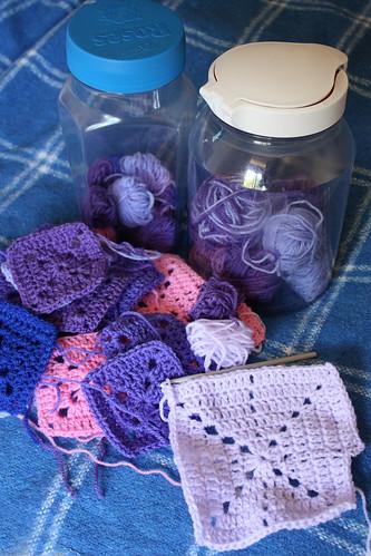 Simple filet crochet starburst squares