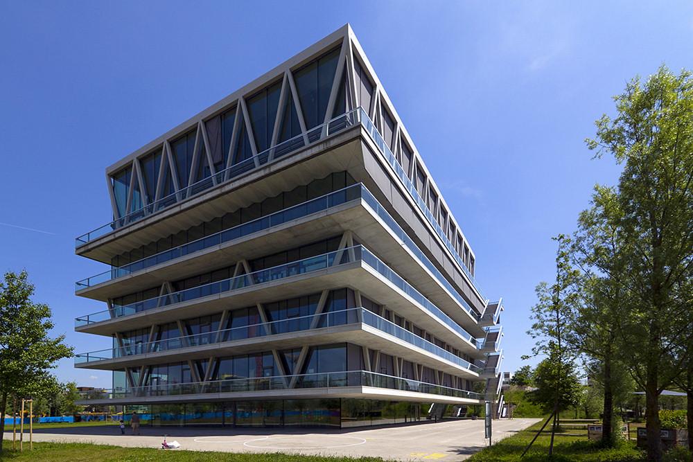 Leutschenbach school for Architecture zurich