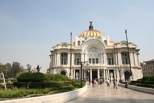 Day2-1 ペジャス・アルテス宮殿とソカロ
