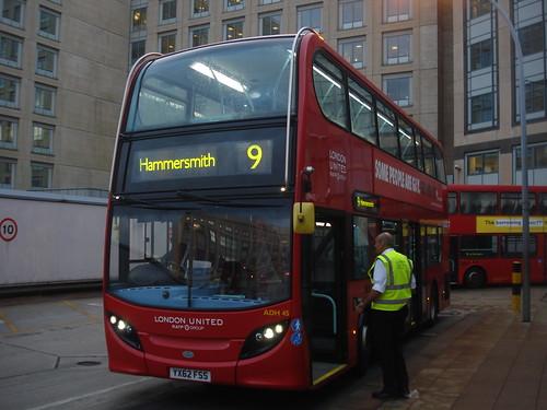 London United ADH45 on Route 9, Hammersmith