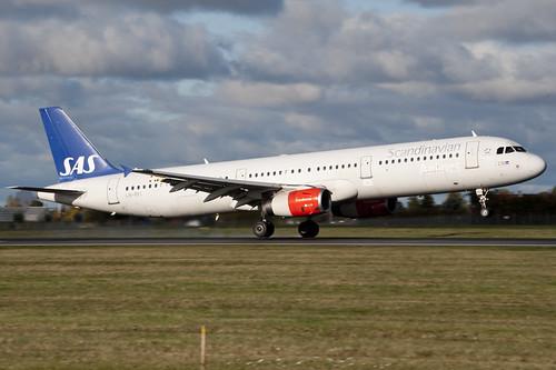 SAS A321-232 LN-RKI