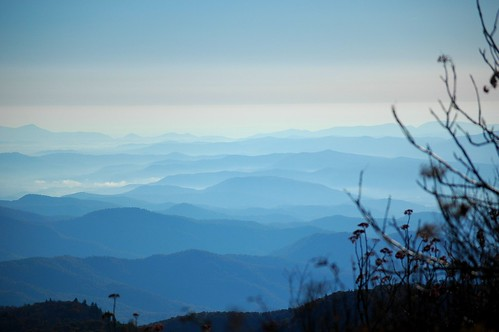 mist fog mountains sky clouds trees horizon ncmountainman carolina nikon d70s phixe lowresolutionversion