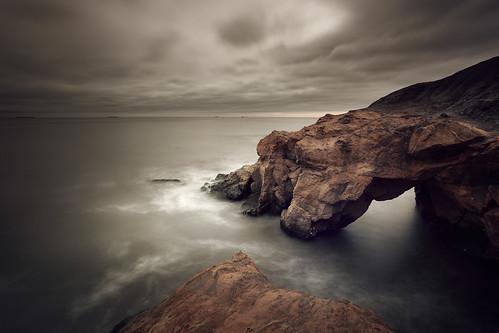 seascape sunrise bay harbour northsea desaturated tynemouth tynewear nd09 cullercoates saddlerocks canonef1740mmƒ4lusm gnd045se