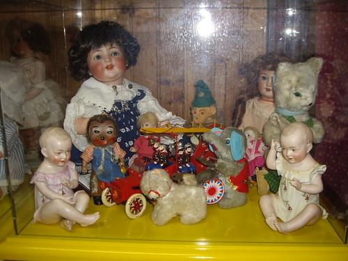 Les poupées de ma maison  11367893294_8ab172292f