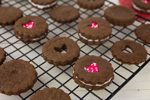 Valentine Linzer Cookies-6.jpg
