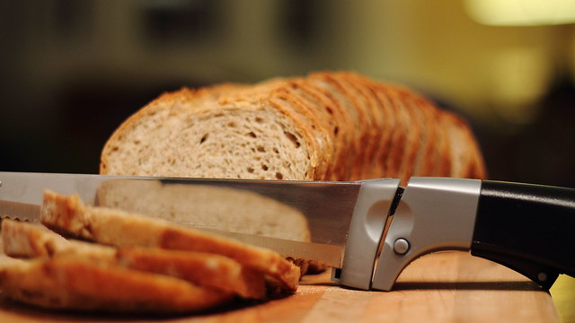 breadknife