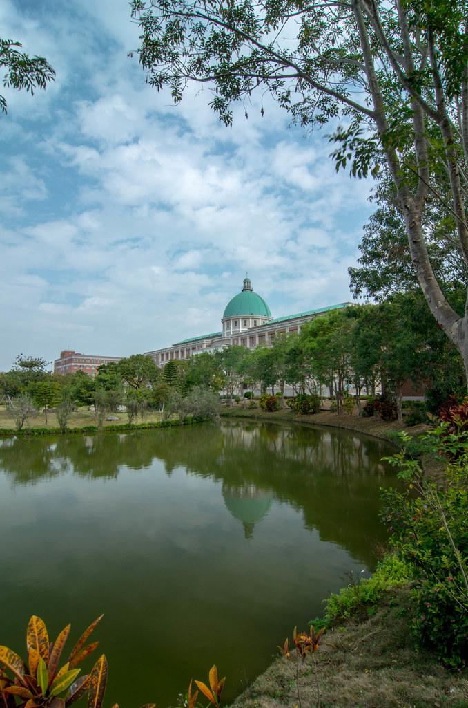 亞洲大學逛一圈