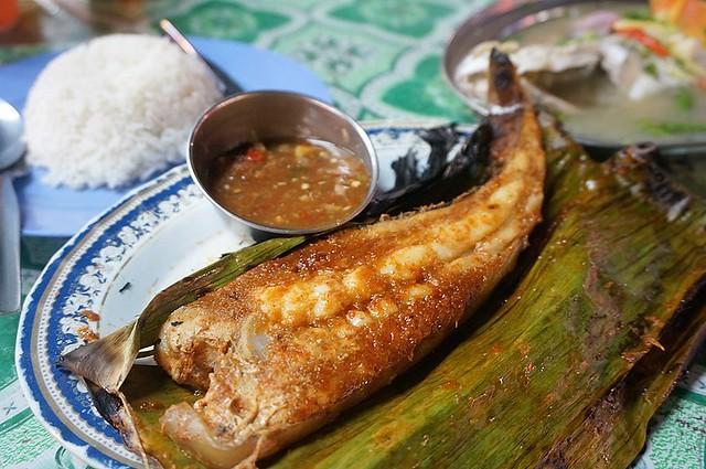 Halal Penang Food ikan bakar Hammer Bay or Seri Pantai - Gold Coast Condominium-009