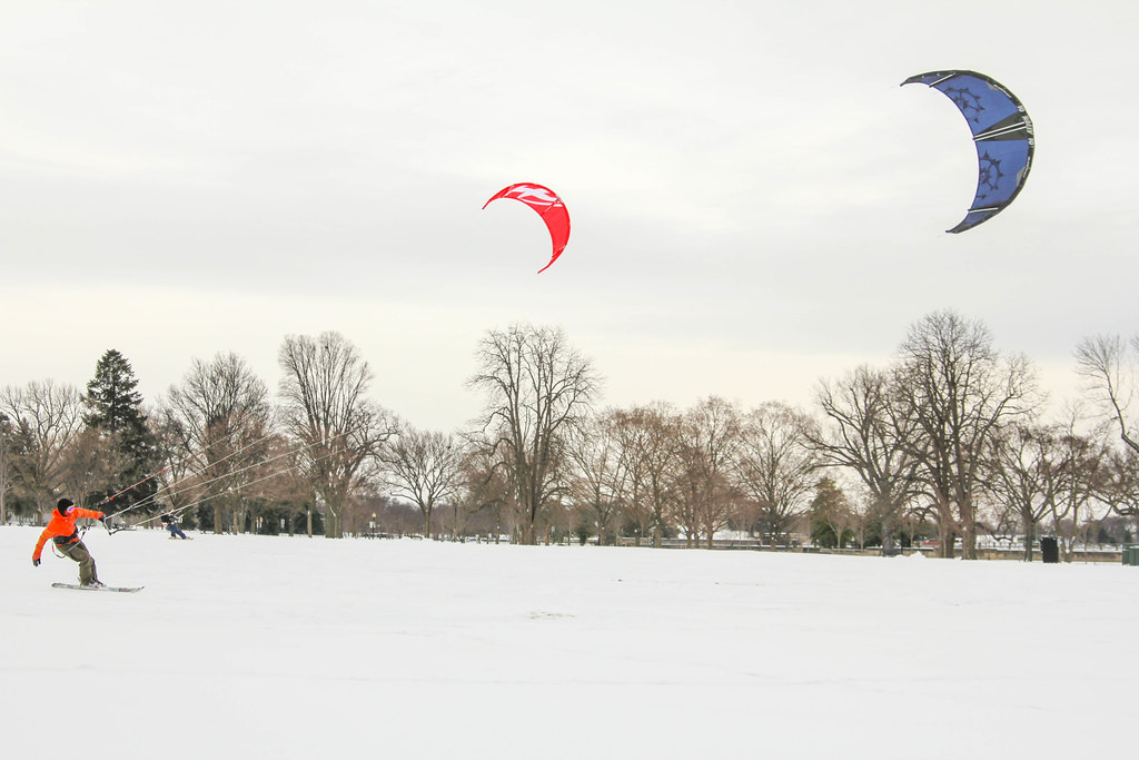 kite skier by the Washington Monument