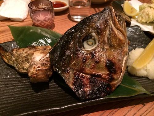カンパチのカマ@渋三魚金