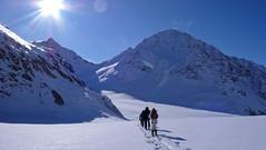 Lodowiec Fieschergletscher, szczyt Vorderes Galmihorn (3517m), Wassenhorn (3447m)