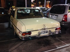 automobile, automotive exterior, executive car, wheel, vehicle, automotive design, mercedes-benz w123, mercedes-benz, compact car, bumper, antique car, sedan, vintage car, land vehicle, luxury vehicle, vehicle registration plate, motor vehicle,