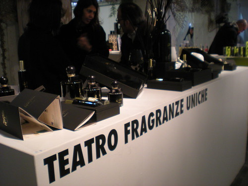 Teatro Fragranze Uniche al White
