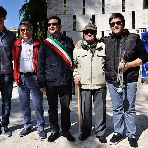 #Tollo Corteo del #25Aprile per la deposizione di una Corona al monumento dei Caduti per in occasione della #festadellaliberazione