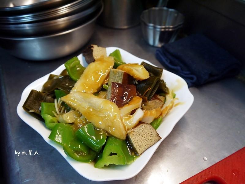 33520618100 96f1fcf7e8 b - 台中西屯 | 賢淑齋蔬食滷味,逢甲夜市有好吃的素食滷味攤!