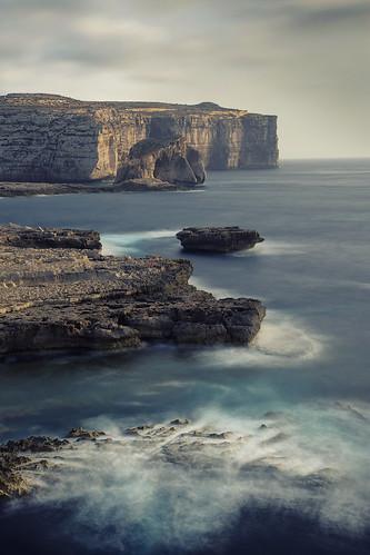republicofmalta gozo europe azurewindow rockformation dwejrabay fungusrock vertical landscape sea longexposure