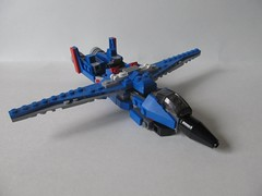 LEGO Transformers: G1 Thundercracker (Decepticon Seeker Jet)