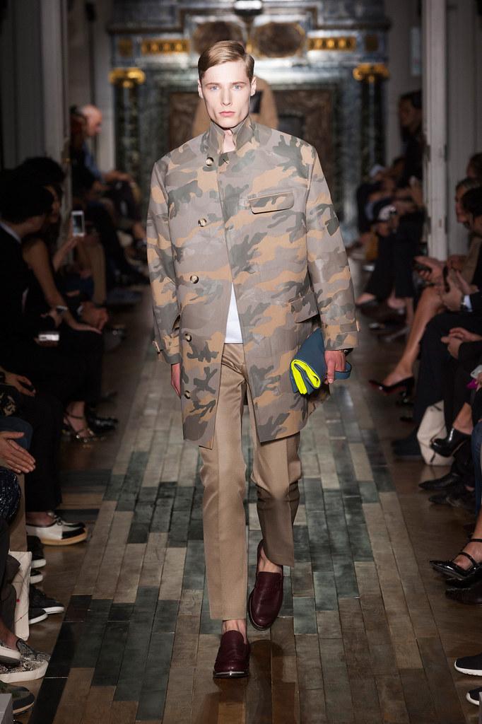 SS14 Paris Valentino022_Freddie Stoker(fashionising.com)