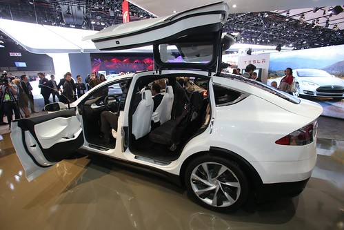 Tesla Model X - Doors open