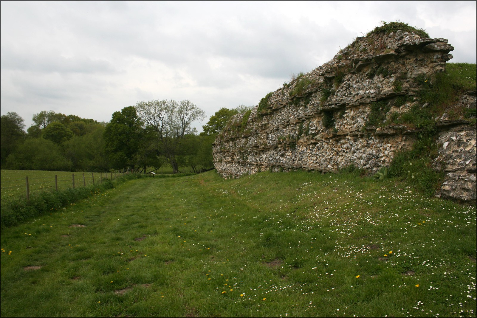 Old Roman Wall at Calleva Atrebatvm
